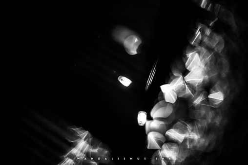 Splintered Light for torn Souls © Wanda Proft, WANDALISMUS.INK